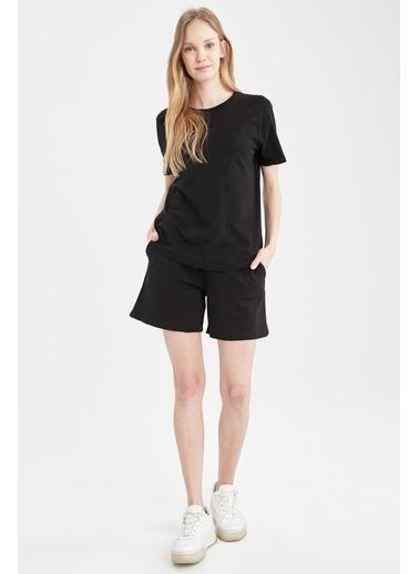 DeFacto Basic Relax Fit Tişört ve Beli Bağcıklı Şort Takım Siyah